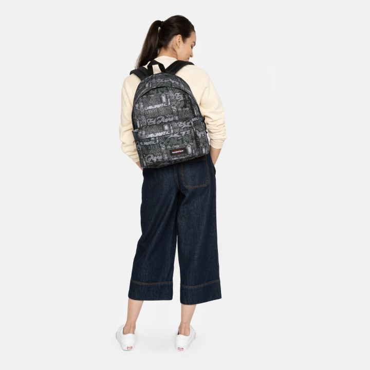 padded pak'r 48u neon words eastpak bagagerie sac a dos